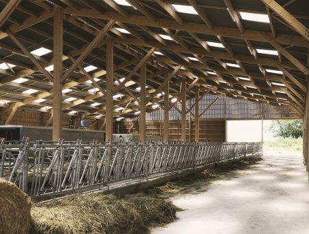 Étable du lycée agricole La Brosse à Venoy (89)