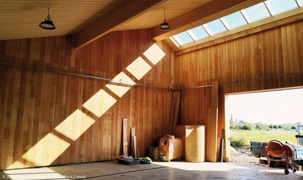 bâtiment agricole en bois chai no control